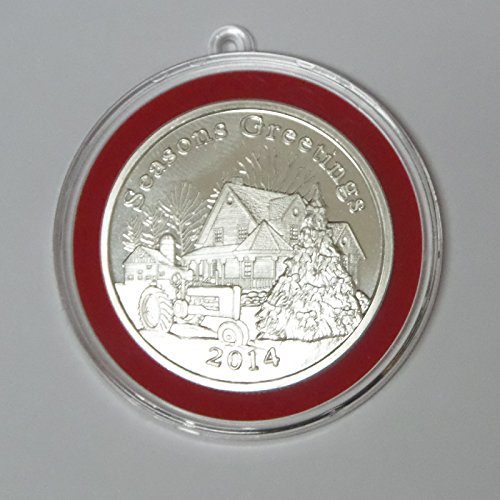 2014 – Christmas Seasons Greetings Farm House Silver Round In Ornament Tree Holder Round Uncirculated