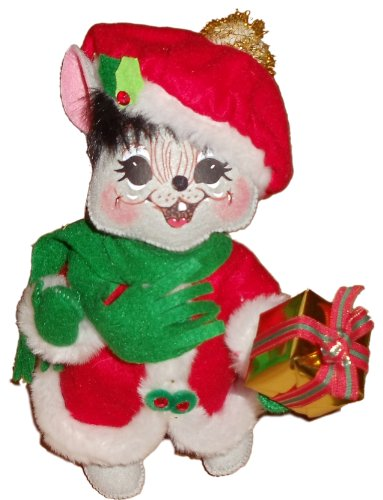 Annalee 10″ Mrs. Elegant Mouse #602108 – Holding Christmas Gift