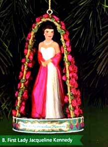Carlton Cards Christmas Ornament – First Lady Jacqueline Kennedy 1999 (CXOR-070A)