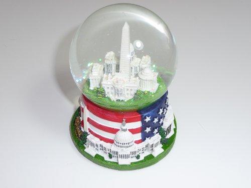 Famous Buildings of Washington, D.C. Snow globe with Flag (2.5″ Diameter)