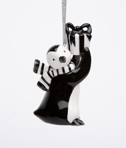 Appletree Design Penguin with Gift Ornament
