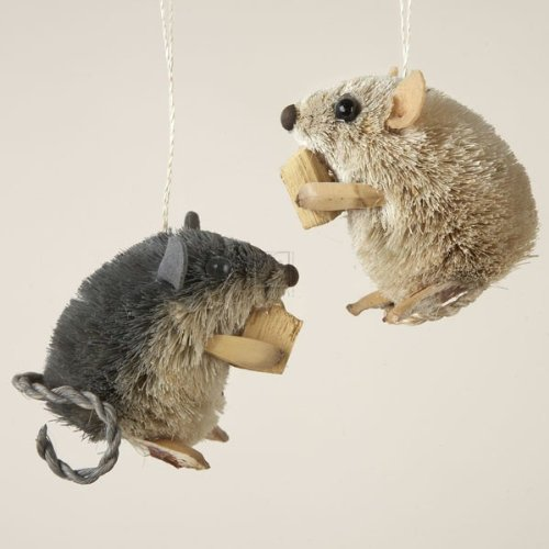 Buri Sitting Mouse With Cheese Ornament Set Of 2
