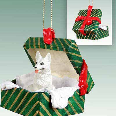 Conversation Concepts German Shepherd White Gift Box Green Ornament