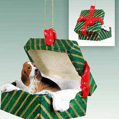 Conversation Concepts Basset Hound Gift Box Green Ornament