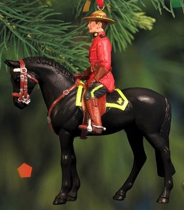 BREYER ★ RCMP MUSICAL RIDE ORNAMENT ★ 2015 HOLIDAY HORSE ★ LIMITED EDITION