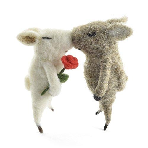 Kissing Pigs 5-inch Wool Figurines