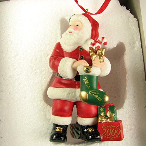 2009 Danbury Mint Santa Christmas Ornament