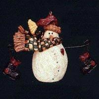 Boyds Carvers Choice – Burt … Bundle Up – Style # 370202 Ornament