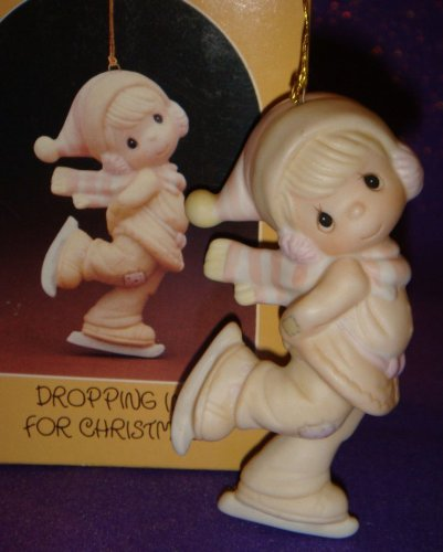 Precious Moments Ornament – Dropping In For Christmas