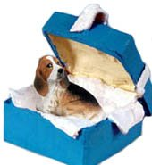 Conversation Concepts Basset Hound Gift Box Blue Ornament