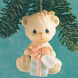 Precious Moments 1996 Wishing You A Bear-ie Merry Christmas Ornament 531200