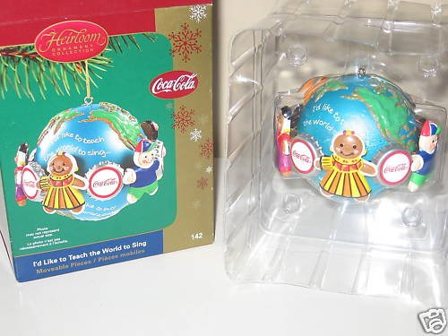 Coca-Cola – I'd Like to Teach the World to Sing 2005 Carlton Cards Christmas Ornament