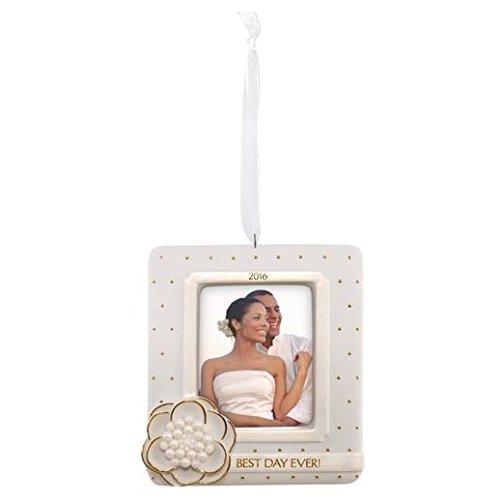 Hallmark Keepsake Ornament – Wedding Photoholder