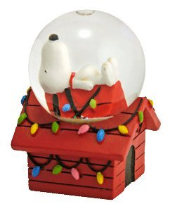 Peanuts Snoopy on Doghouse Mini Christmas Snowglobe