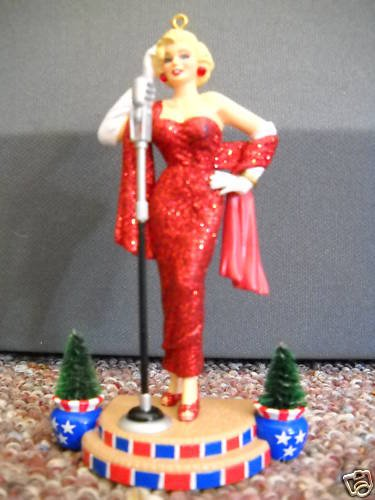Marilyn Monroe – Operation Santa Carlton Cards Limited Edition 2001 Christmas Ornament