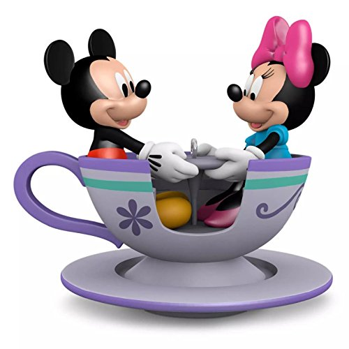 Hallmark Keepsake Ornament – Mickey and Minnie in Tea Cup