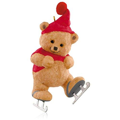 Hallmark QX9267 Can't Wait to Skate Christmas Bear Ornament