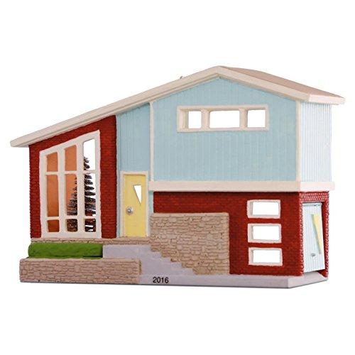 Hallmark 2016 Christmas Ornaments Nostalgic Houses and Shops Split-level Dream Home Ornament