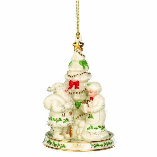 Lenox 2010 Annual Holiday Decorating Santa's Tree Ornament