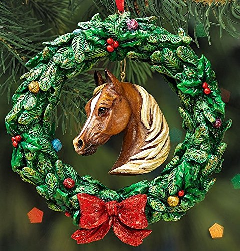 BREYER – HORSE WREATH ORNAMENT – 2016 HOLIDAY HORSE – LIMITED EDITION