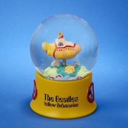 "5.75″ The Beatles ""Yellow Submarine"" Glass Snowglobe"