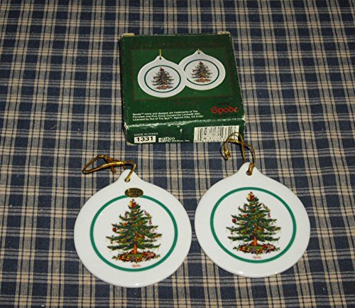 2001 Spode Christmas Tree Porcelain 3″ Round Flat Ornaments – Set of 2