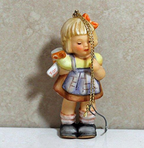 Berta Hummel Figurine BH-49, Surprise For You Ornament