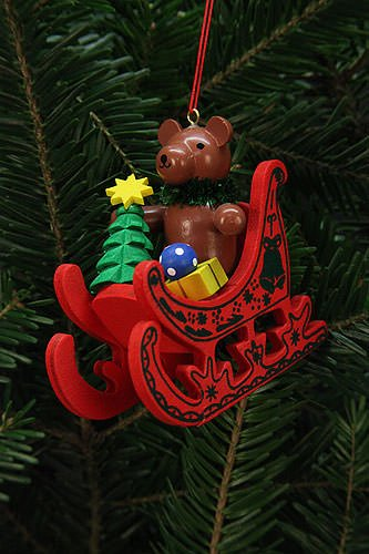 Tree ornaments Tree Ornaments Teddy in Sleigh – 7,5×7,1cm / 3×3 inch – Christian Ulbricht