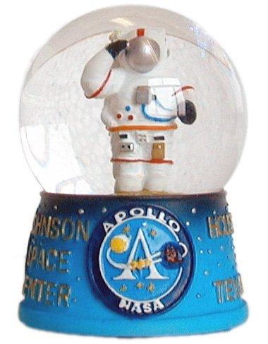 NASA USA Austronaut 45mm Snowglobe Made with quality craftsmenship
