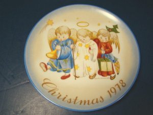 1978 Heavenly Trio Hummel Christmas Plate Sister Berta Porcelain China Schmid The Creative Hand