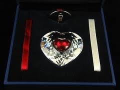 Swarovski Annual Edition 2004 Heart Ornament