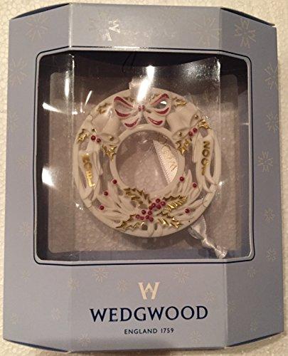 Wedgwood 2001 Annual Wreath Ornament