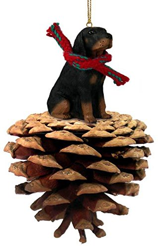 Conversation Concepts Coonhound Black & Tan Pinecone Pet Ornament