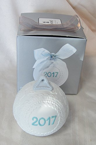 Lladro 2017 Annual Christmas Ball Ornament #18424