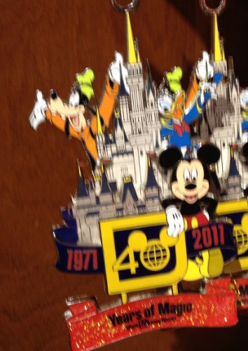 Walt Disney World 40th Anniversary Metal Ornament NEW