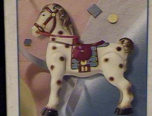 Hallmark Keepsake Ornament – 1939 Mobo Horse Sidewalk Cruisers Collector's Series – 1998 (QEO8393)