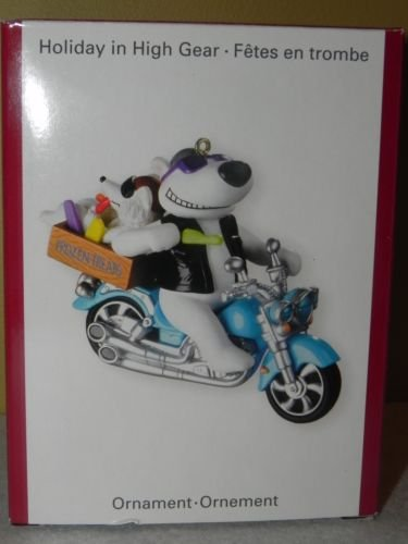 Carlton Heirloom Holiday in High Gear Ornament Bear on Motorcycle