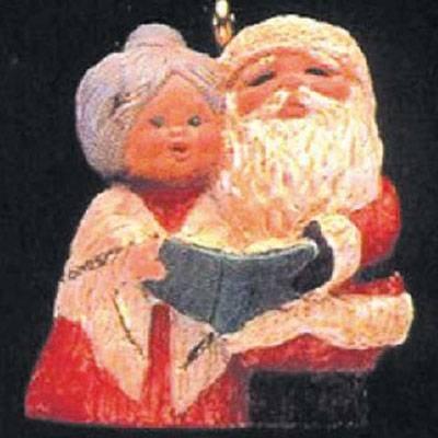 The Kringles 4th in Series 1992 Miniature Hallmark Ornament QXM5381