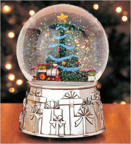 "Reed & Barton Christmas Train Snowglobe, Plays ""O Tannanbaum"""