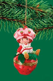 Strawberry Shortcake Ornament Sittin' Berry Pretty