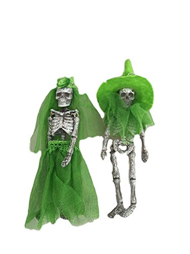 One Hundred 80 Degrees Day of the Dead Skeleton Couple Hanging Ornament (Green)