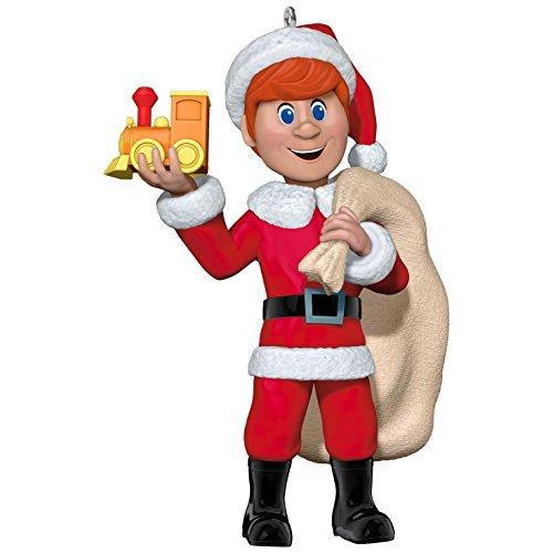 2017 Hallmark Santa Claus Is Comin' to Town Kris Kringle Ornament