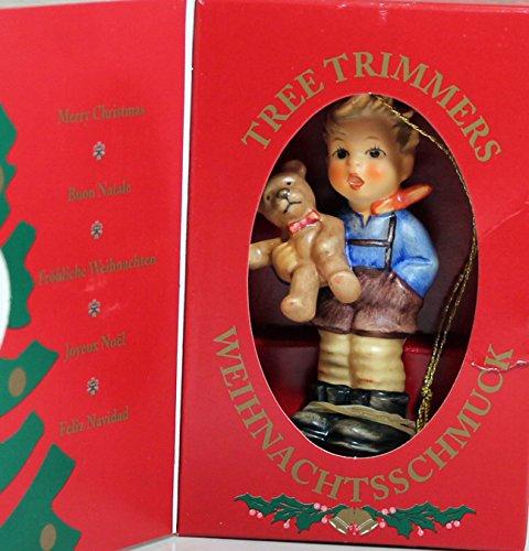 Hummel 2074/A/O, Christmas Gift Ornament