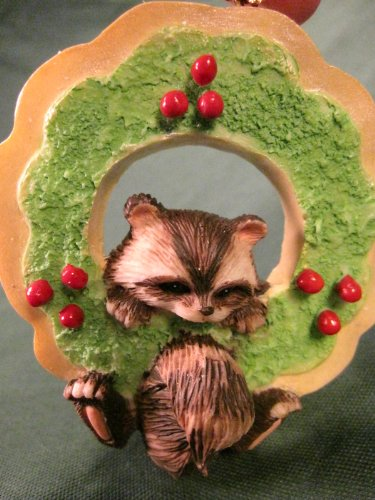 Christmas Star Cookie Raccoon in Wreath Charming Tails Ornament