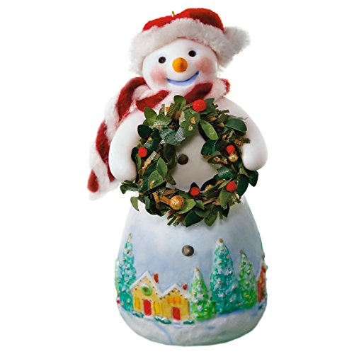 Hallmark Keepsake 2017 Snowtop Lodge Benny M. Merrymaker With Wreath Christmas Ornament