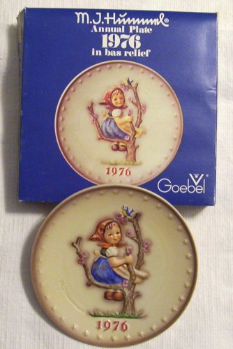 HTF–1976 Goebel Hummel Annual Plate in Original Box — Mint Condition!!!