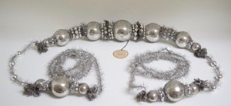 Byers' Choice Ltd. by Deborah Sielski 2015 Handcrafted Metal 16 Foot Silver Tinsel Large Ball Ornament Garland