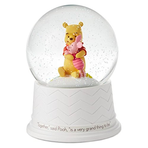Winnie the Pooh Lullaby Water Globe