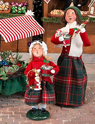 Byers Choice Mother and Daughter Selling Christmas Ornaments – 2-Piece Set – New for Christmas 2018