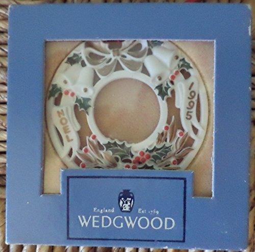 """Wedgwood White Jasper 1995 Christmas Ornament """"Noel"""""""